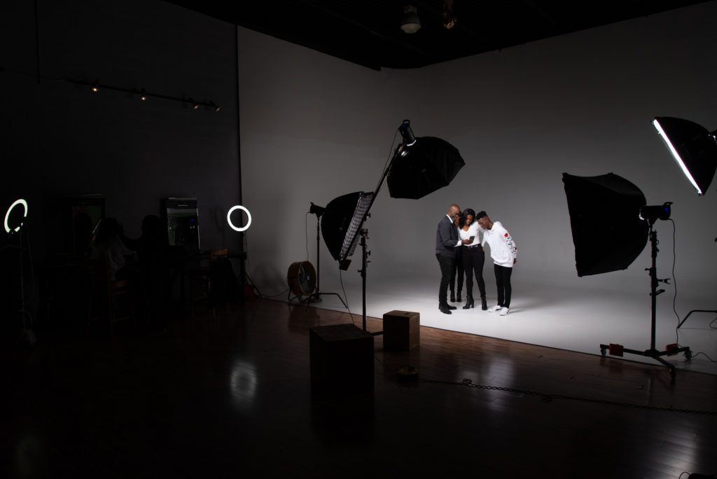 Understand photoshoot pricing for studio photography
